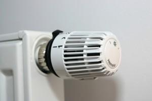valve-thermostat-1558399-639x426